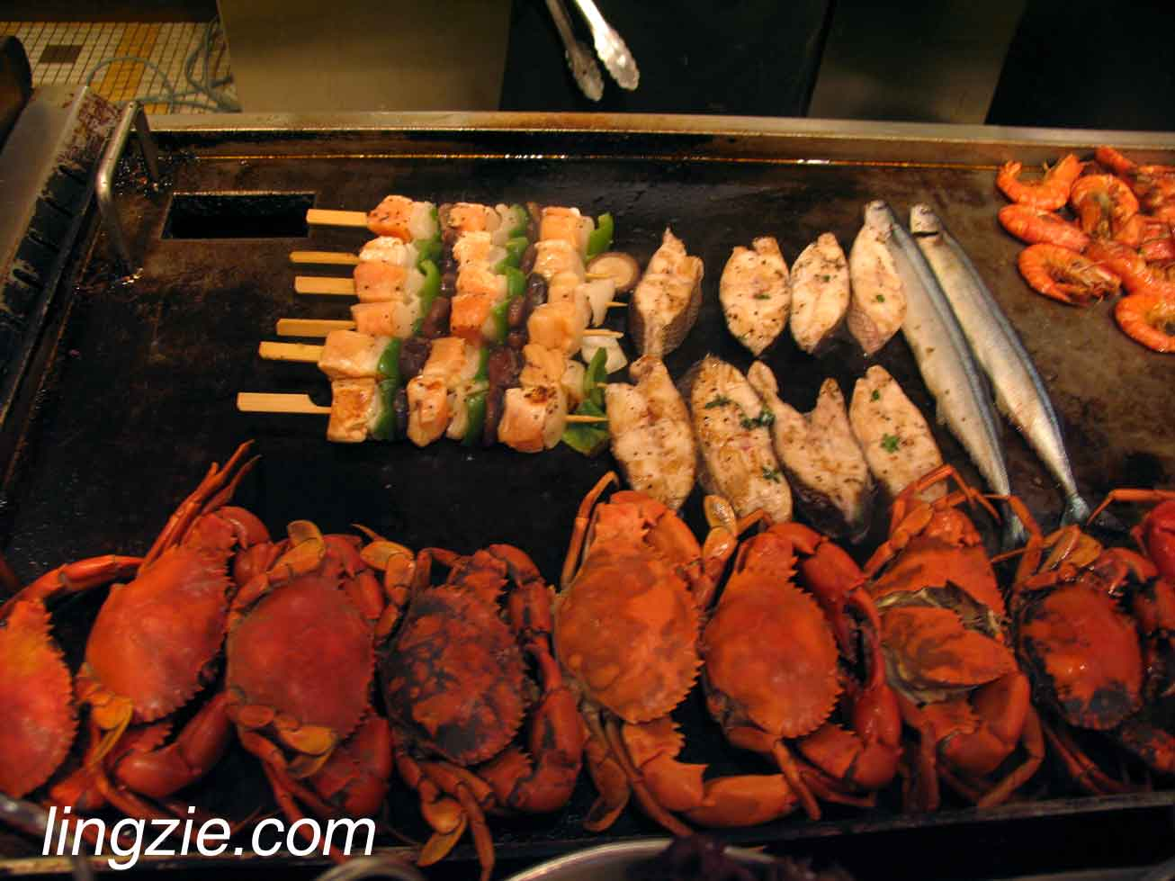 Seafood skewers, crabs and more!