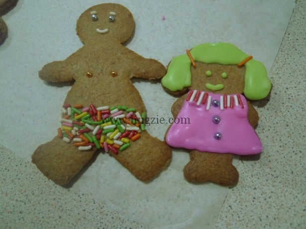 Gingerbread Man & Girl