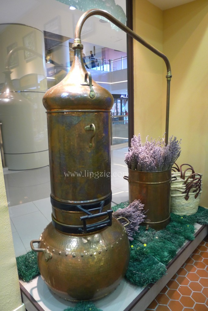 Essential Oils Distiller display at the store